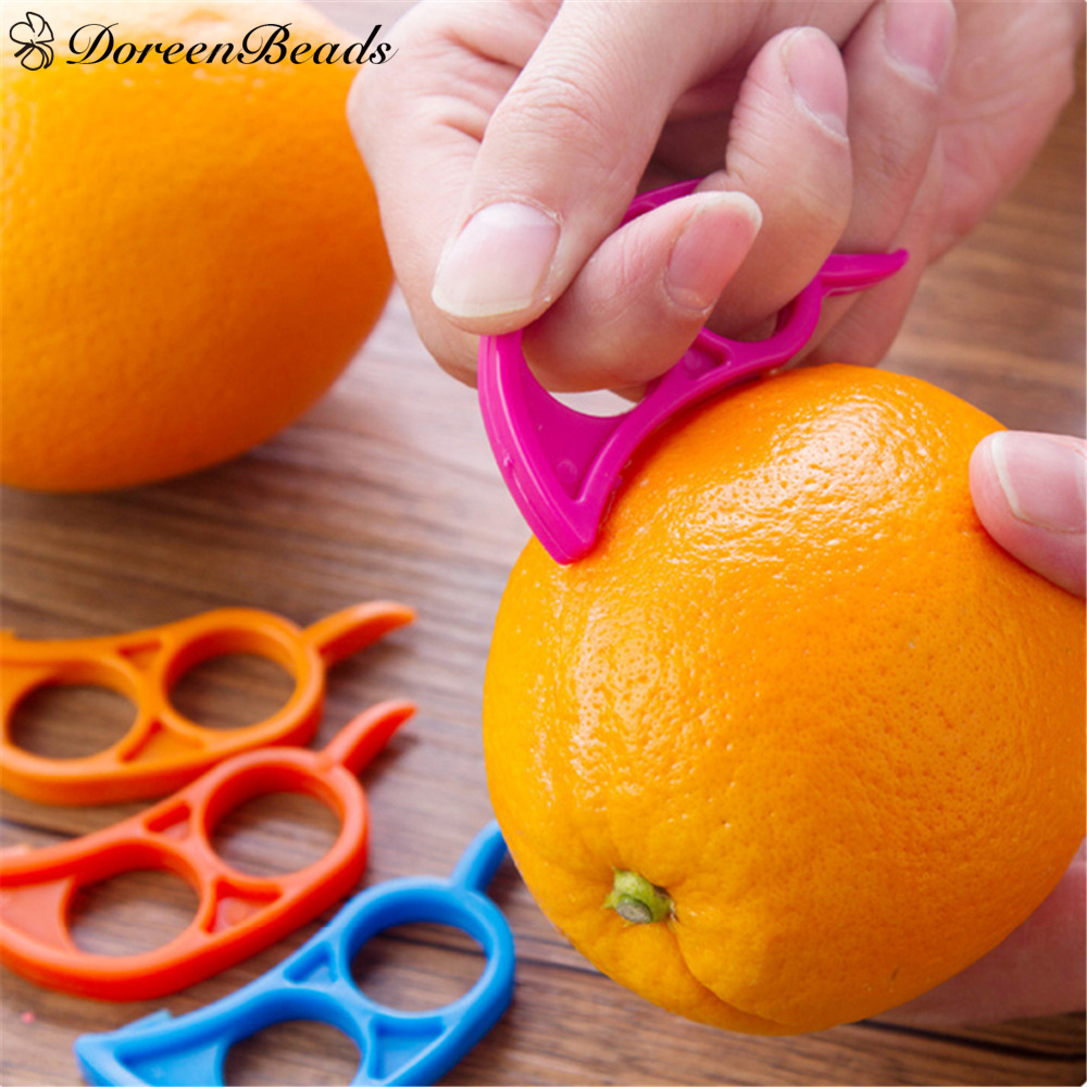 DoreenBeads Plastic Orange Peelers Zesters Lemon Grapefruit Fruit Slicer Opener Cutter Kitchen Gadgets At Random 7.4x3.4cm 1PC