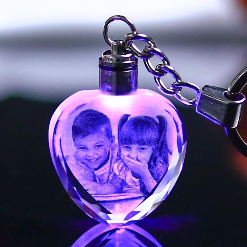Custom Made Crystal Picture Frame Baby Gift Heart Shape Glass Mini Photo Frame LED Light Pendant Present kristallen fotolijst